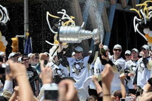 Pittsburgh_Penguins_Stanley_Cup_Champion_Victory_zyCUVbTyK2xl
